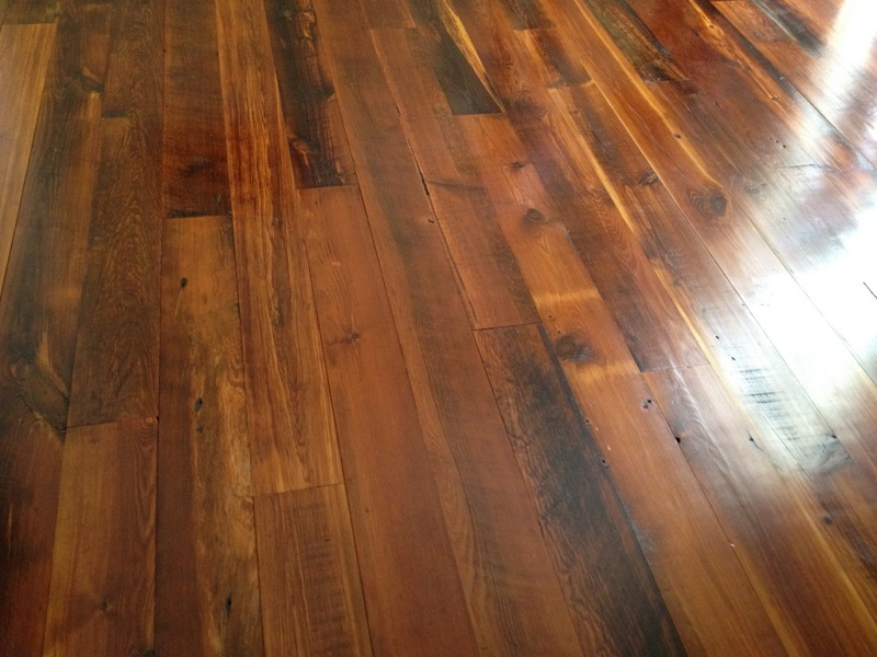 salvaged heart pine wood floors