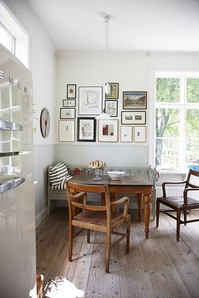 Dining Table in a Corner