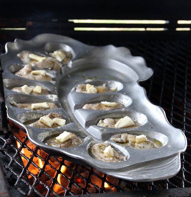 Grilling Shucked Oysters on The Oyster Bed