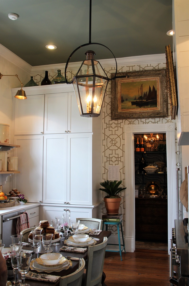Traditional Home's Southern Style Now Showhouse in New Orleans, Kitchen by James Farmer